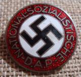 WWII GERMAN NSDAP MEMBERSHIP BADGE M1/101