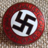 WWII GERMAN NSDAP MEMBERSHIP BADGE M1/25