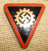 WWII GERMAN DAF FEMALE LEADER ENAMEL BADGE RED IS
