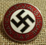 WWII GERMAN NSDAP MEMBERSHIP BADGE M1/62