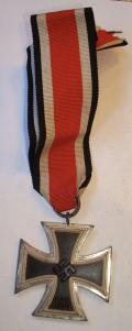 WWII GERMAN IRON CROSS 2nd CLASS