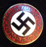 WWII GERMAN NSDAP MEMBERSHIP BADGE M1/154