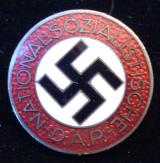 WWII GERMAN NSDAP MEMBERSHIP BADGE M1/102