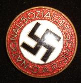 WWII GERMAN NSDAP MEMBERSHIP BADGE M1/90