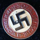 WWII GERMAN NSDAP MEMBERSHIP BADGE M1/120