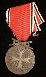 WWII GERMAN GERMAN EAGLE ORDER MERIT MEDAL WITH SW