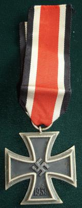 WWII GERMAN IRON CROSS 2ND CLASS, 1939 65